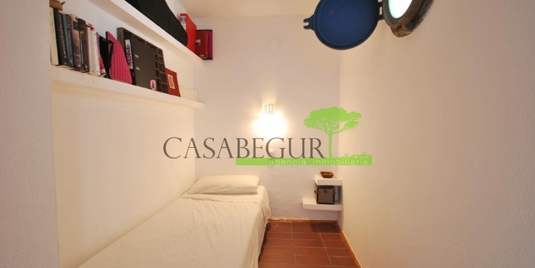 ref-989-sale-apartment-center-begur-casabegur8