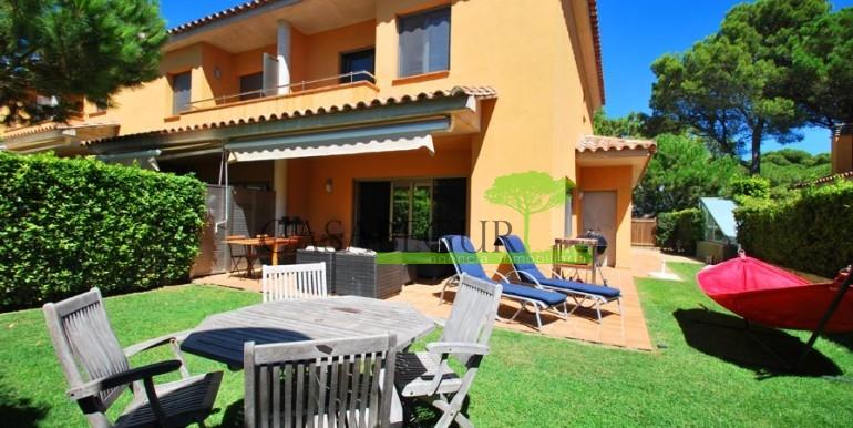 ref-994-sale-apartment-pals-beach-pool-garden-costa-brava-casabegur11