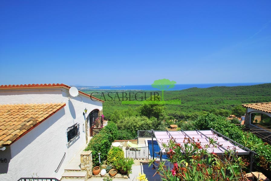 Property for sale in Pals