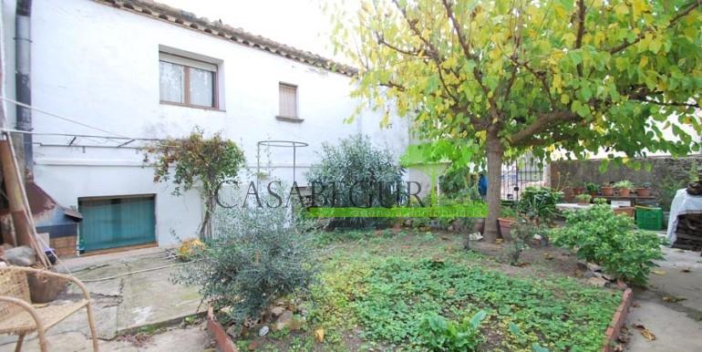 ref-1056-sale-village-house-center-begur-costa-brava12