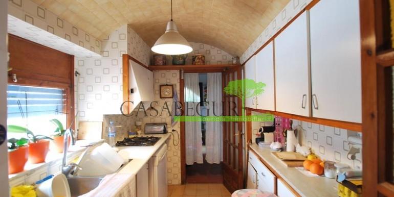 ref-1056-sale-village-house-center-begur-costa-brava13