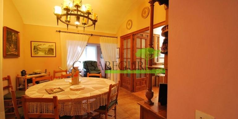 ref-1056-sale-village-house-center-begur-costa-brava3