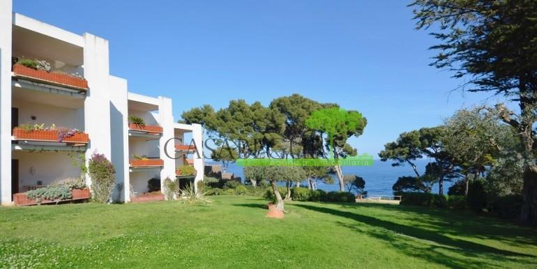 ref-1067-sale-appartment-aiguablava-sea views-firstline-casabegur10