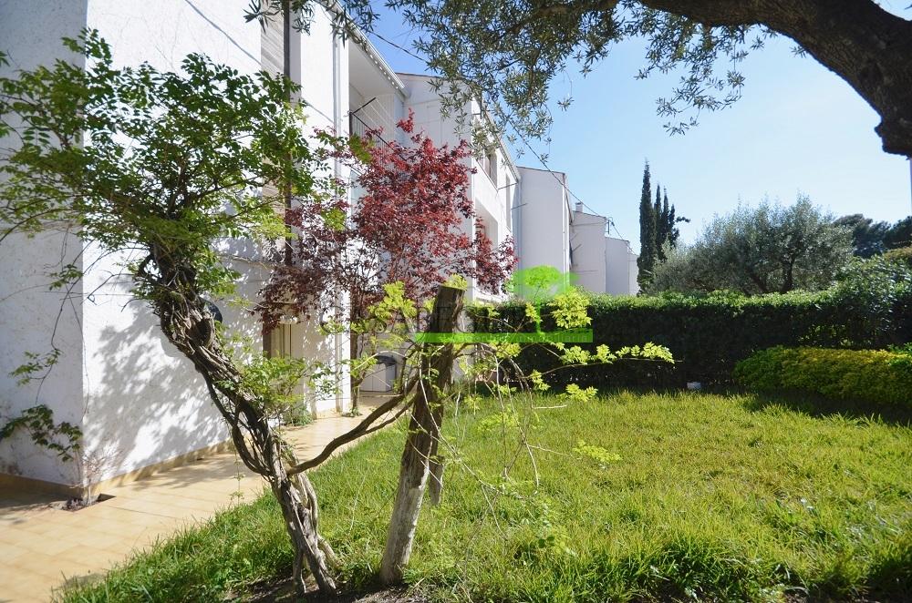 Apartamento en venta en aiguablava propiedades villas apartamentos y terrenos en venta en - Aiguablava piscina natural ...