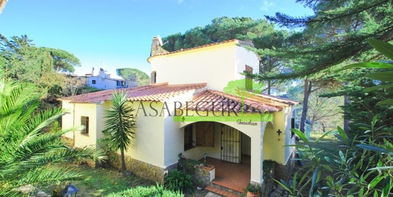 ref-1084-sale-house-es-valls-sa-riera-sea-views-costa-brava-casabegur16