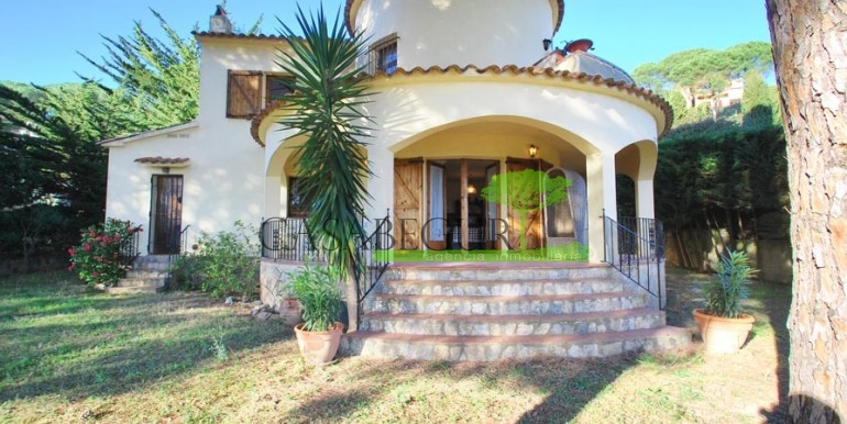 ref-1084-sale-house-es-valls-sa-riera-sea-views-costa-brava-casabegur2