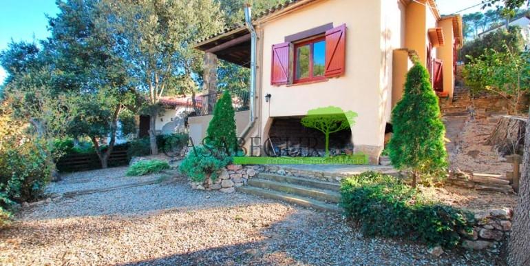 ref-1086-sale-house-residencial-begur-villa-garden-views-casabegur-10