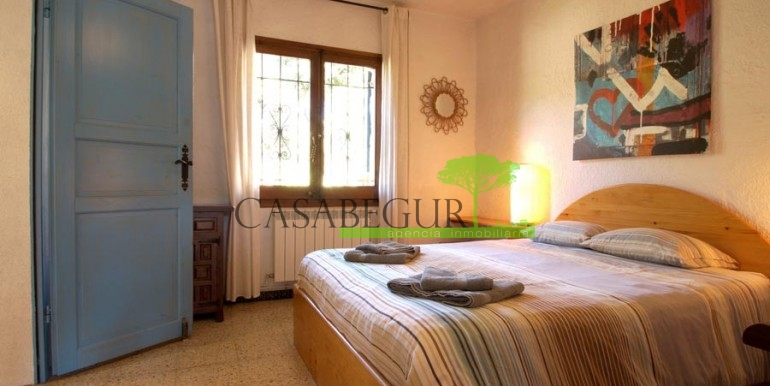 ref-1104-sale-house-residencial-begur-pool-garden-views-garage-villa-house-casabegur-17