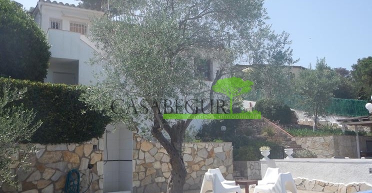 ref-1104-sale-house-residencial-begur-pool-garden-views-garage-villa-house-casabegur-3