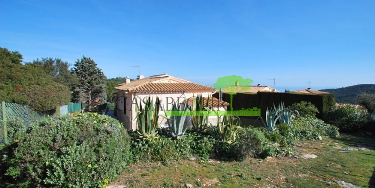 ref-1099-sale-house-sa-riera-es-valls-sea-views-costa-brava-casabegur-2