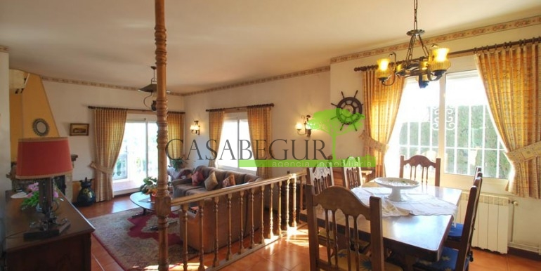 ref-1099-sale-house-sa-riera-es-valls-sea-views-costa-brava-casabegur-9