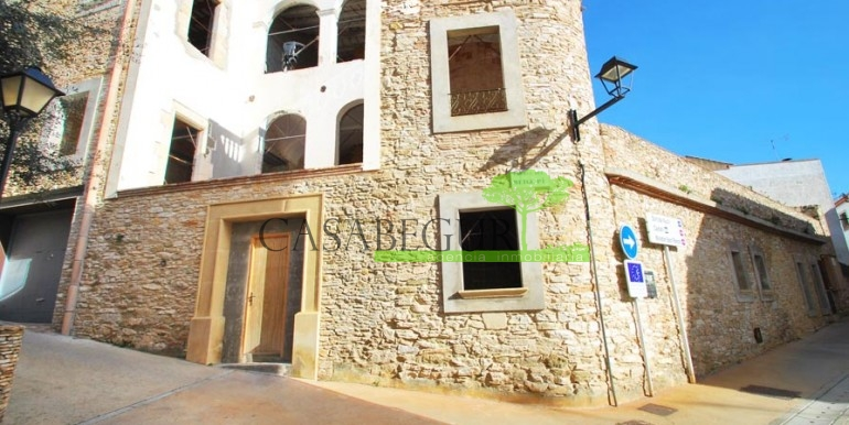 ref-1100-sale-house-town-center-begur-hotel-costa-brava-casabegur-3