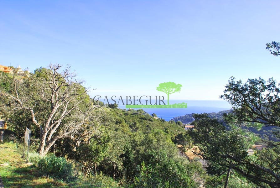 Plot for sale near Sa Riera beach, Begur