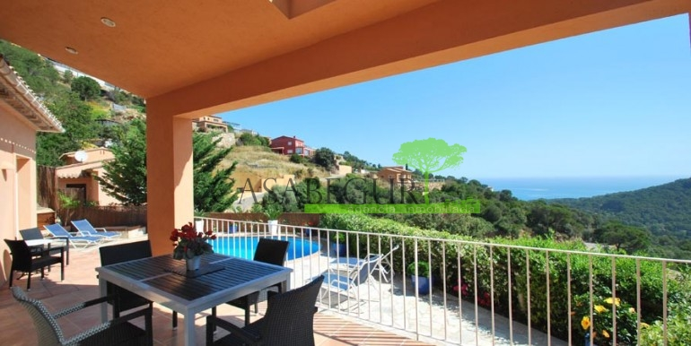 ref-976-sale-house-sa-riera-sea-views-pool-garden-casabegur-0