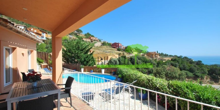 ref-976-sale-house-sa-riera-sea-views-pool-garden-casabegur-1