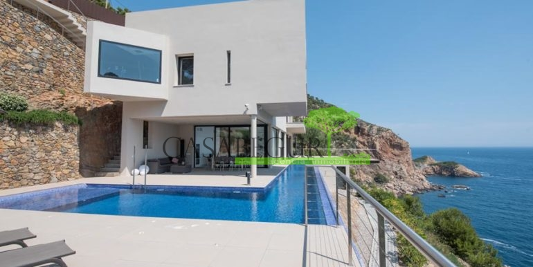 ref-1088-sale-house-sa-tuna-first-line-begur-property-sea-views-costa-brava-casabegur-2