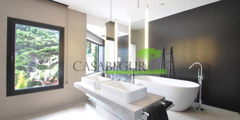 ref-1088-sale-house-sea-views-sa-tuna-first-line-property-casabegur-costa-brava-modern-villa-house-24