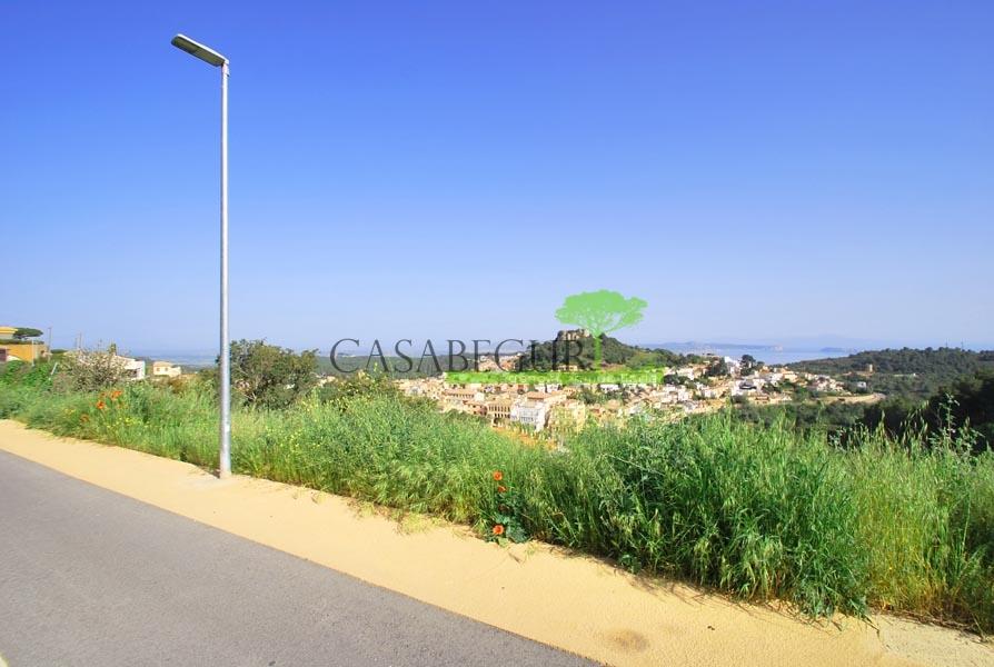 Terreno en venta con vistas al mar en Begur, Costa Brava