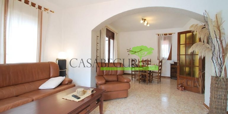 ref-1122-sale-house-residencial-begur-pool-villa-garden-views-casabegur-costa-brava-15
