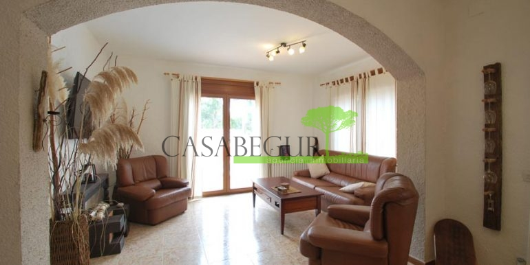 ref-1122-sale-house-residencial-begur-pool-villa-garden-views-casabegur-costa-brava-16