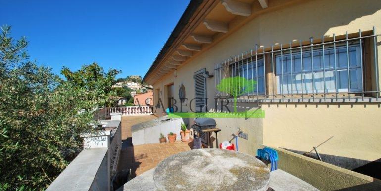 ref-983-sale-house-near-center-begur-pool-sea-views-costa-brava-sa-fontansa (19)