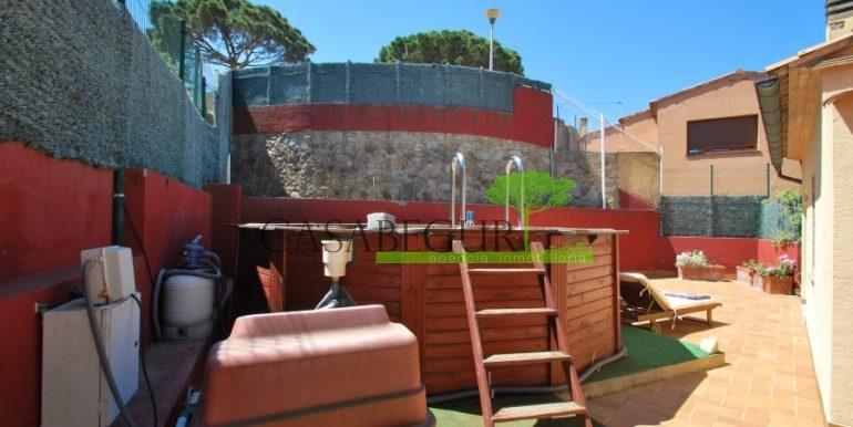 ref-983-sale-house-near-center-begur-pool-sea-views-costa-brava-sa-fontansa (3)