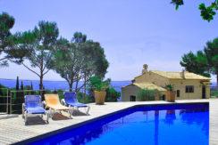 Propiedad en venta con vistas al mar situado en Aigua Xelida, Begur