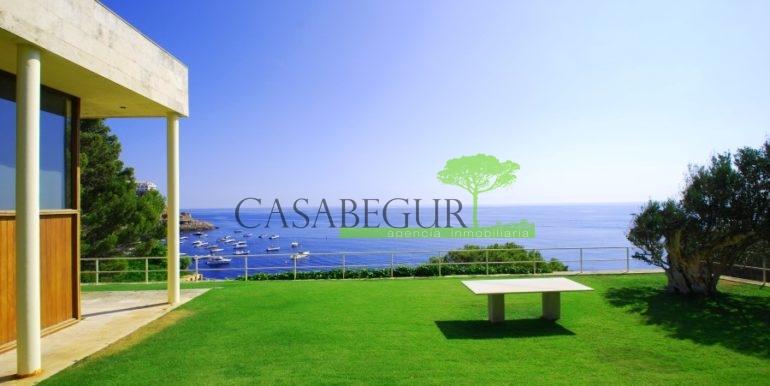 ref-826-vente-maison-sa-tuna-au-bord-mer-exclusive-maison-primiere-ligne-mer-aiguafreda-begur-casabegur-0