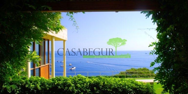 ref-826-vente-maison-sa-tuna-au-bord-mer-exclusive-maison-primiere-ligne-mer-aiguafreda-begur-casabegur-1