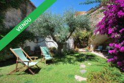 Maison de village avec jardin à vendre à Begur centre