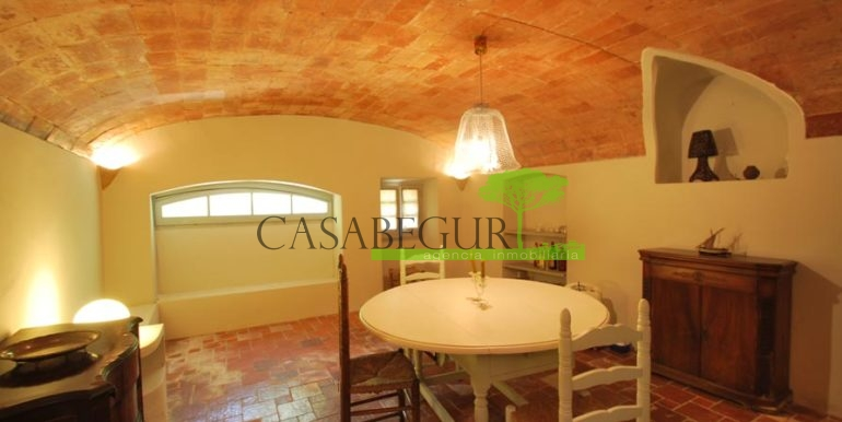 ref-1167-sale-townhouse-center-garden-pool-casa-de-pueblo-centro-begur-piscina-construir-rustico-casabegur-15