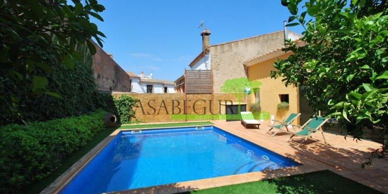 ref-1169-sale-townhouse-center-begur-pool-sale-casa-pueblo-centro-venta-piscina-23