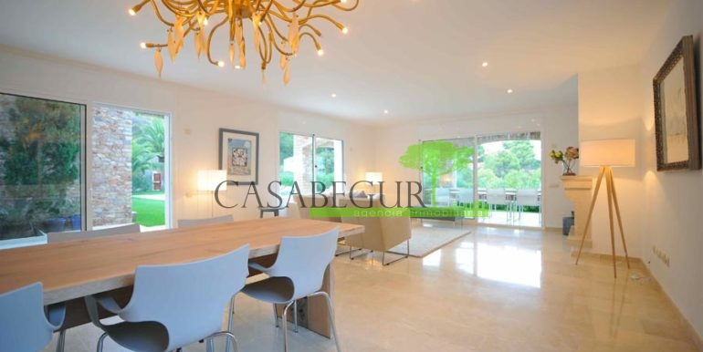 ref-1170-sale-house-es-valls-sa-riera-sea-views-begur-pool-costa-brava-casabegur-15