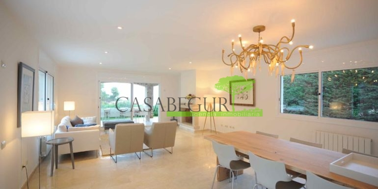 ref-1170-sale-house-es-valls-sa-riera-sea-views-begur-pool-costa-brava-casabegur-16