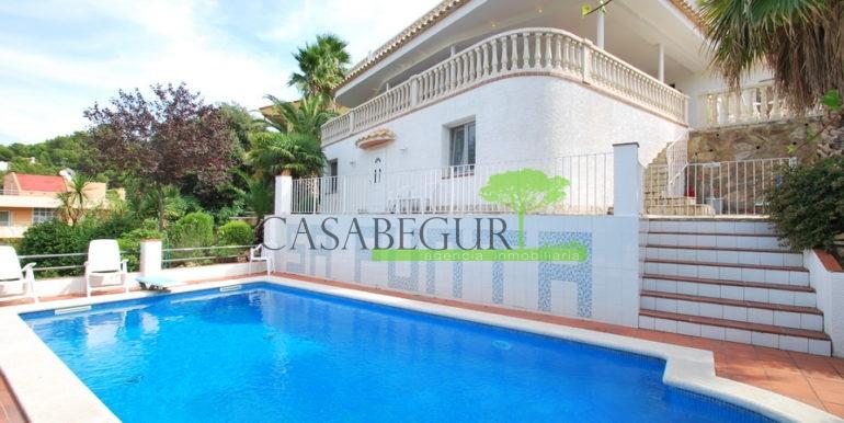 ref-1177-begur-terrace-casabegur-pool-vieuw-15