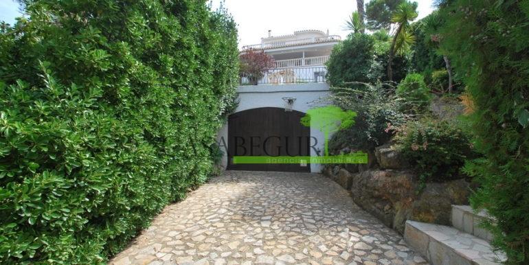 ref-1177-begur-terrace-casabegur-pool-vieuw-19