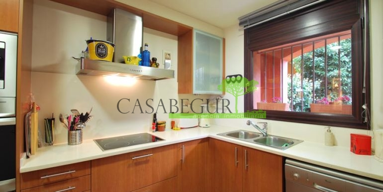 ref-1181-sale-house-sea-views-pool-center-of-begur-casabegur-costa-brava-15