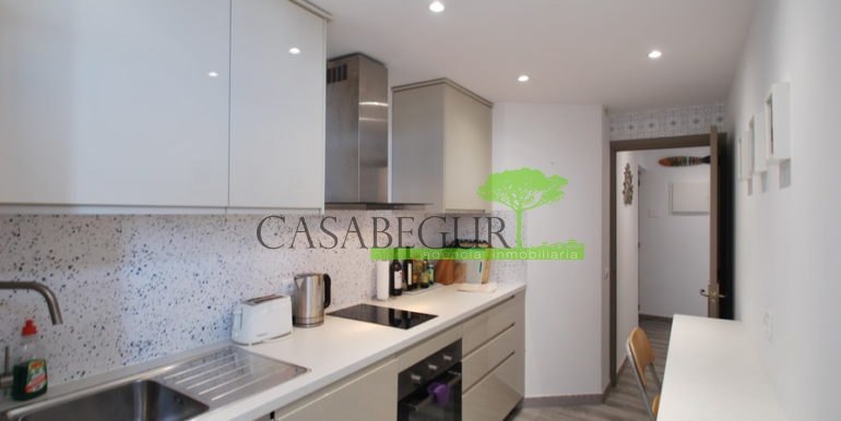 ref-1185-sale-house-sea-vieuws-pool-center-begur-casabegur-15