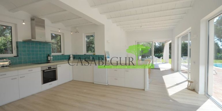 ref-1180-venta-sale-aiguablava-port-esclanya-modern-house-casabegur-pool-costa-brava-sales-9