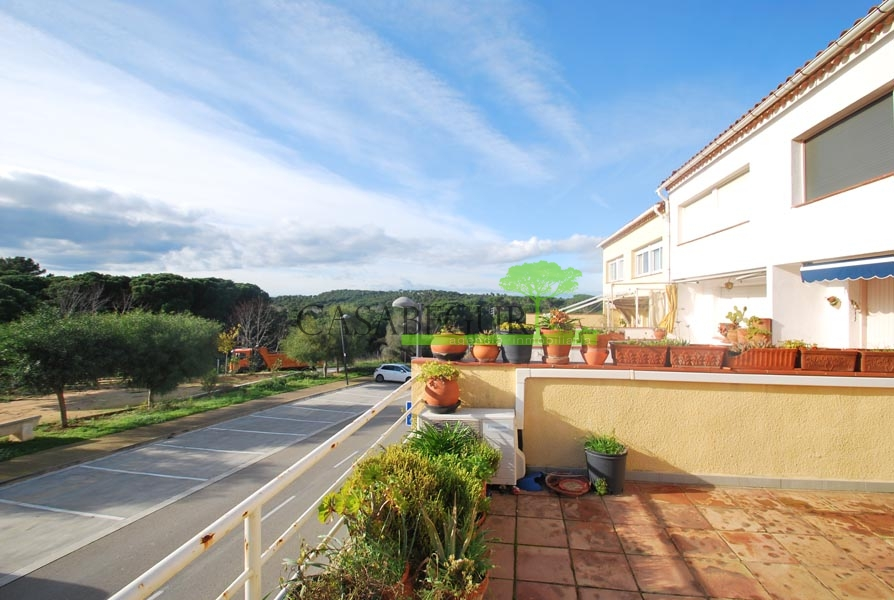Property for sale near the center of Begur