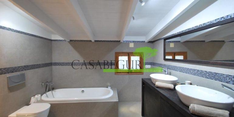 ref-1183-for-sale-casabegur-villa-forallac-12