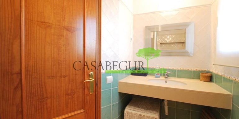 ref-1187-vente-maison-vue-mer-sa-riera-centre-casabegur-costa-brava-villas-acheter-16
