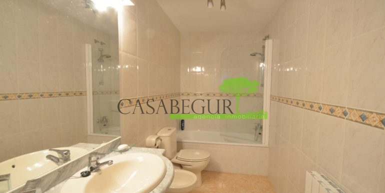 ref-1200-sale-house-sa-tuna-sea-views-la-borna-big-plot-costa-brava-casabegur-11