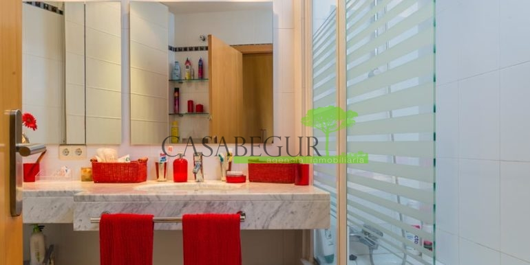 ref-1202-vente-maison-sa-riera-plage-vue-mer-acheter-costa-brava-casabegur-9