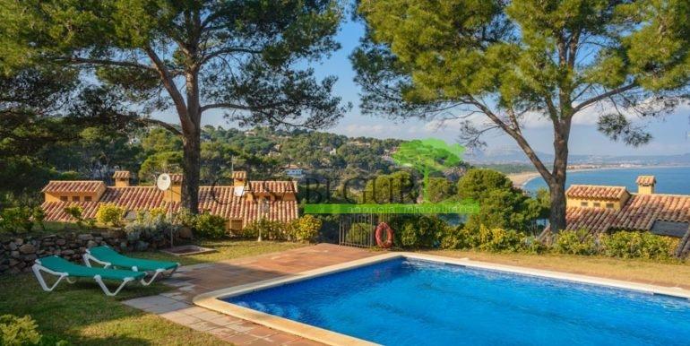 ref-1203-vente-maison-sa-riera-vue-mer-jardin-piscine-sa-riera-santiga-casabegur-costa-brava-vente-villa-0