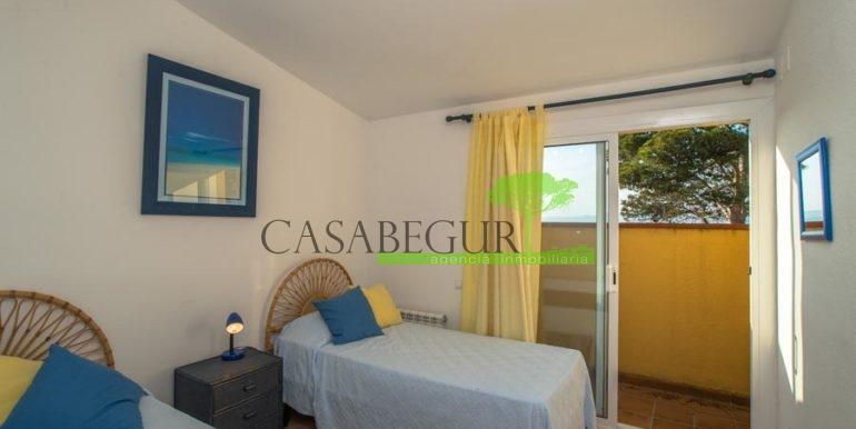 ref-1203-vente-maison-sa-riera-vue-mer-jardin-piscine-sa-riera-santiga-casabegur-costa-brava-vente-villa-10