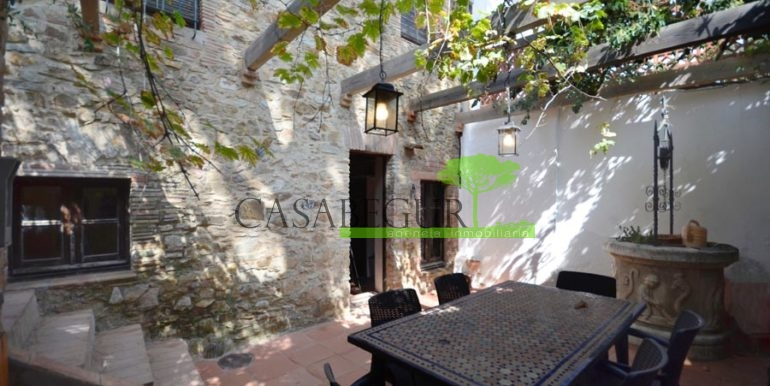 ref-1206-vente-village-maison-centre-begur-acheter-casabegur-costa-brava-7