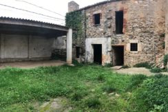 Casa de pueblo para reformar en el corazón de Begur