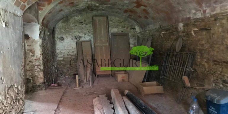 ref-1993-sale-townhouse-center-begur-ruin-garden-casabegur-costa-brava-sales-3