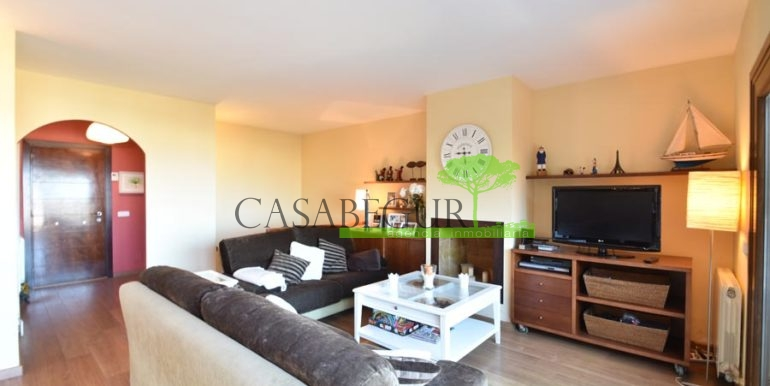 ref-1209-sale-house-center-town-sea-views-costa-brava-casabegur-11